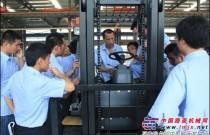 奇瑞叉车:打造专业化销售铁军