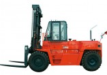 大连叉车FD150平衡重式内燃叉车(15-20吨)