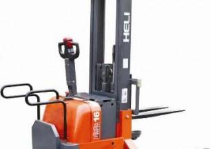 合力1.0-2.0吨宽叉腿电动推盘堆垛车